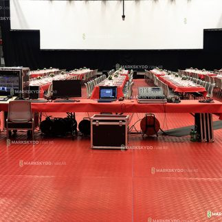 Inhouse arena red mats 5_logo_2