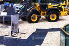exhibition flooring